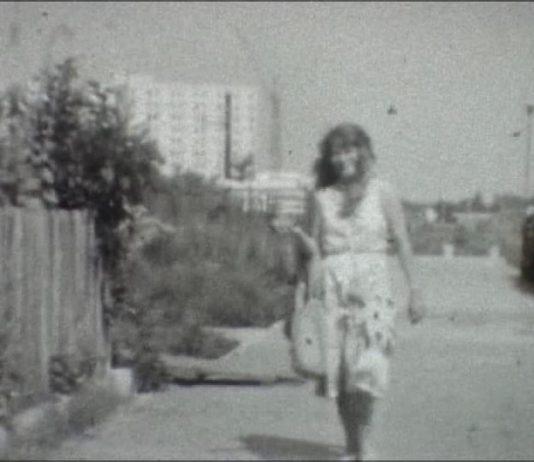 Wylot ulicy Symfonii w kierunku Jastrzębowskiego. Aż do Rosoła i SGGW nie stoi tu jeszcze nic. Kadr z filmu nadesłanego przez Marcina Ciastonia.