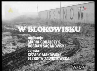 """""""W blokowisku"""" - kronika filmowa ze stycznia 1988. Ten napis """"Ursynów"""" witał wszystkich wjeżdżających Doliną Służewiecką."""
