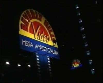 Beverly Hills na Belgradzkiej. 1999, kadr z filmu promocyjnego Gminy Ursynów