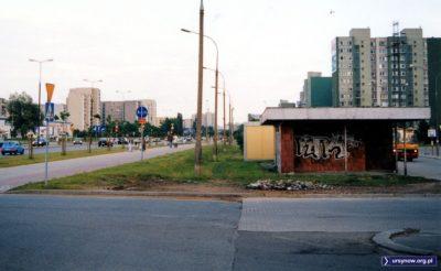 Pętla Ursynów Południowy, po lewej Aleja KEN. Na pętli Ikarus. Fot. Maciej Mazur