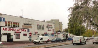 Kiedyś ekskluzywne jak Audi Quattro serwowało jedyną pizzę na Ursynowie. Dziś pizzerii więcej, ale Quattro wciąż świetnie się trzyma. To jeden z dwóch najstarszych lokali w dzielnicy (drugi to Bar na Wyżynach). Fot. Maciej Mazur.