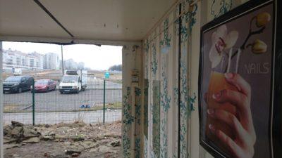 Widoki z likwidowanego salonu manicure na Bazarku Na Dołku. Fot. Maciej Mazur