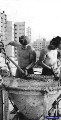 """Akcja fotoreportażu """"Głosu Pracy"""" dzieje się na budowie Końskiego Jaru lub Wiolinowej. Fot. Marek Wojciech Druszcz."""