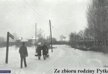Aleja Wyścigowa, same Wyścigi za murem po prawej. Przechodnie idą więc od Bokserskiej w stronę Puławskiej. Zdjęcie ze zbiorów rodziny Pytko.