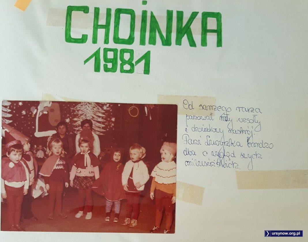 Baczność, będzie choinka! Choinka roku 1981 odbywa się już w zmilitaryzowanej rzeczywistości Stanu Wojennego, ale tę odczuwają tylko rodzice przedszkolaków. Kronika Przedszkola nr 283.