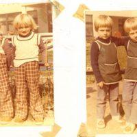 Za mundurem wszyscy sznurem. Uniformizacja, którą pamięta każde dziecko epoki PRL. Nylonowe fartuszki zawsze wygodne, zapewniają ciepło i odporność na brud. Kronika Przedszkola nr 283.