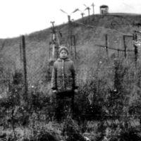 To jedno z nielicznych zdjęć pokazujących, że wyciąg na Kopie Cwila nie był tylko zbiorową fatamorganą. Jest, stoi, nie jeździ. Czyli tak, jak było. Nadesłał Marcin Osiński.